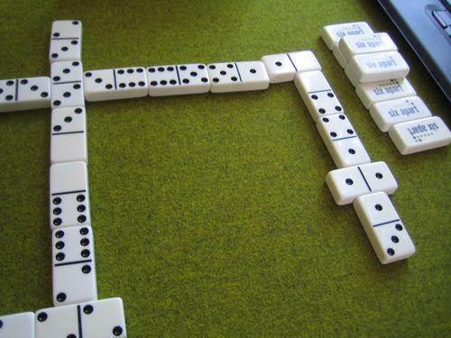 Domino 002