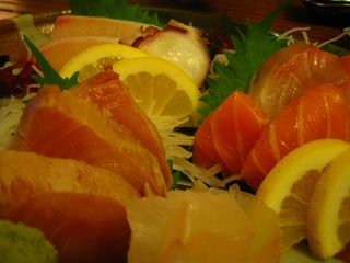 刺身盛り合せ Sashimi